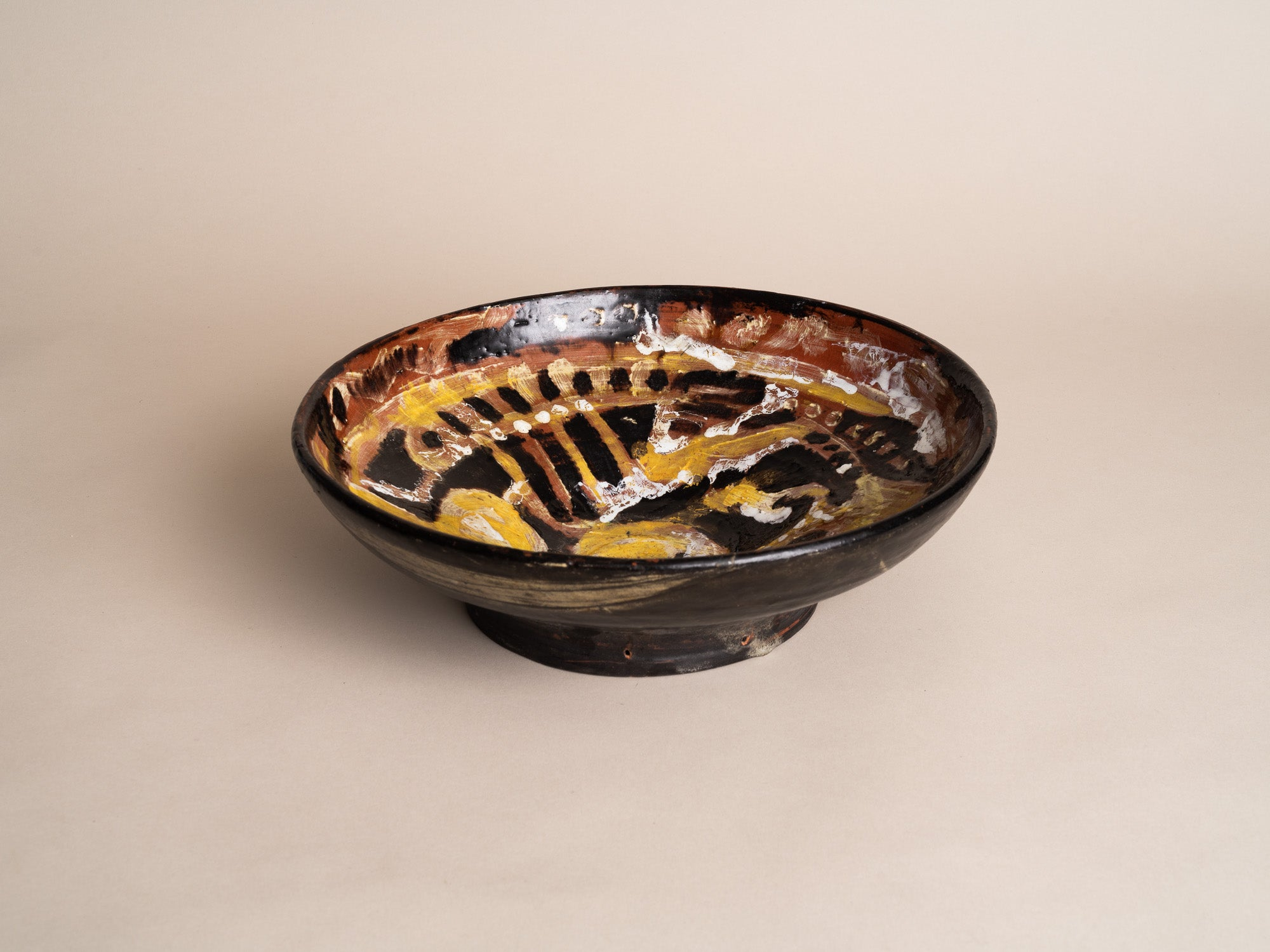 Rare coupe murale par Hertha Hillfon, Suède (1964)..Early ceramic Wall hanging bowl by Hertha Hillfon, Sweden (1964)
