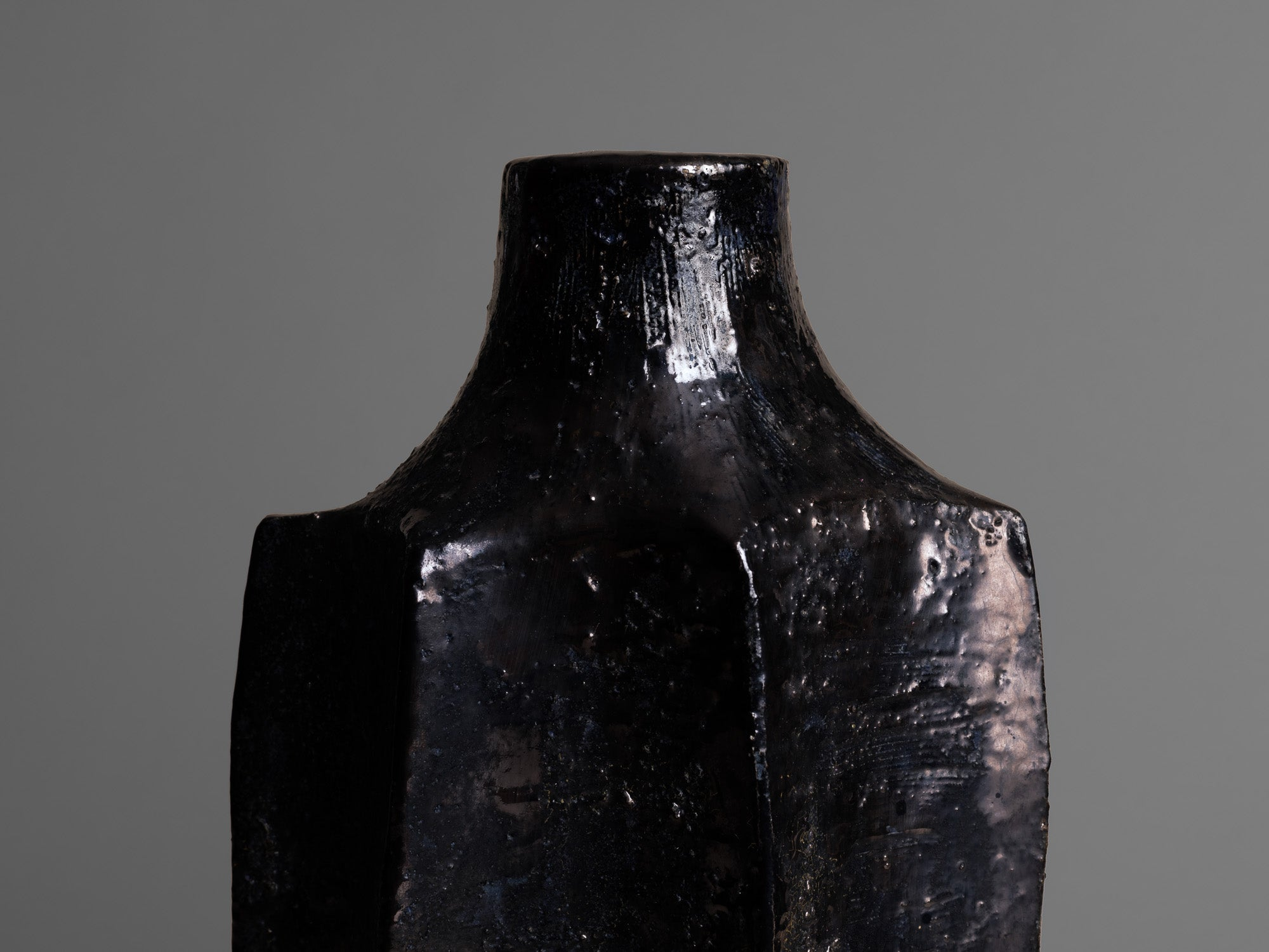 Rare vase de forme libre de Raymond Louis Quillivic, France (vers 1970) - Collection Serullaz..Huge freeform vase by Raymond Louis Quillivic, France (circa 1970) - Collection Serullaz