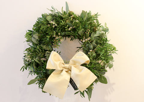 eucalyptus leaves Jo Malone London Christmas wreath