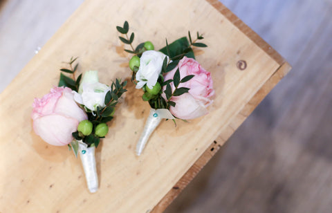 Bridal Bouquet, Boutonnieres And Corsages 新娘花球 襟花 Garden Rose
