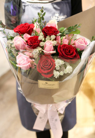 情人節花束2019 Hong Kong  鮮花速遞 玫瑰 科學園花店 Lily Sarah valentines day 2020 flower bouquet Hong Kong Science Park 2020 valentines day bouquet red rose hong kong florist vday flowers hydrangea stars baby's breath tulips