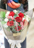 Garden bouquet of red roses and white flowers | 玫瑰花束 粉紅 白玫瑰 花店 沙田科學園 大埔 北區 送花