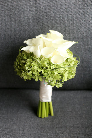 elegant white calla lily bridal bouquet Lily Sarah Fresh flower bouquet 新娘花球 wedding package