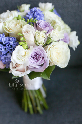 purple hyacinth, white freesia and roses bouquet, bridal bouquet, Lily Sarah Floral Studio, Club One Science Park, Shatin Hyatt, 新娘花球, 婚禮