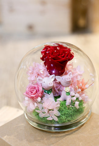 Valentine's Day My Flower Dome 情人節保鮮花水晶球 | Preserved flowers Hong Kong | Lily Sarah Floral Studio | 保鮮花 香港 花店 向日葵 情人節禮物 valentines day gift diy gift sunflowers preserved flowers flower shop preserved roses hong kong sunflower preserved flower arrangement