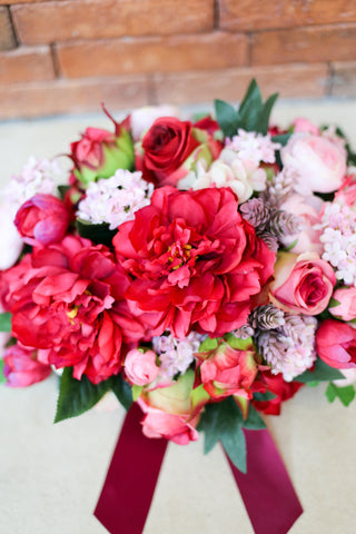 elegant red peony silk flower arrangement 絲花花藝擺設 婚禮車花 牡丹 西式花藝 wedding car decoration