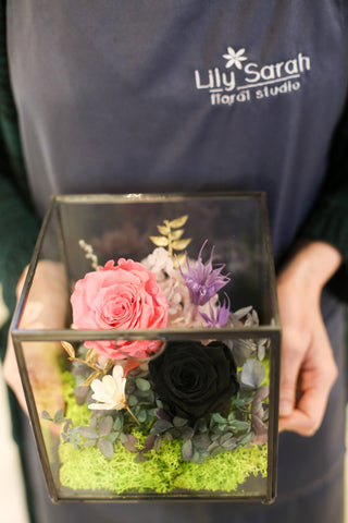 Stylish black and pink rose glasshouse | Preserved Flower Arrangement Opening basket Grand Opening Gift 保鮮花擺設 開張花籃 禮物 型格