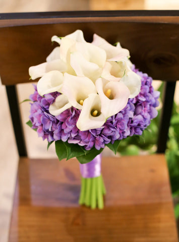 Elegant calla lily bouquet Lily Sarah Floral Studio Fresh flower bouquet 新娘花球 wedding package