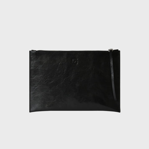 MEDIUM CLUTCH, glossy black