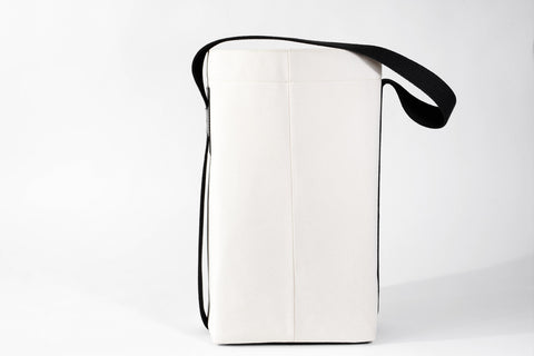 BUCKET TOTE, 16 oz canvas & vege tanned leather (black)