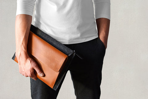 iPad PRO carry-all case tan leather