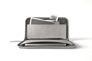 TRAVEL IPHONE WALLET, grey Aniline leather