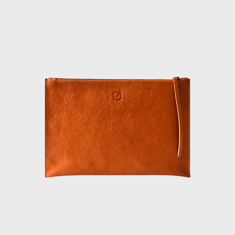 MEDIUM CLUTCH, tan