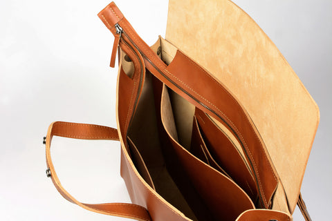 BRIEFCASE with bag tag