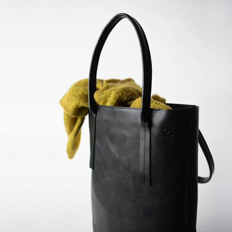 LEATHER TOTE/ WORK TOTE