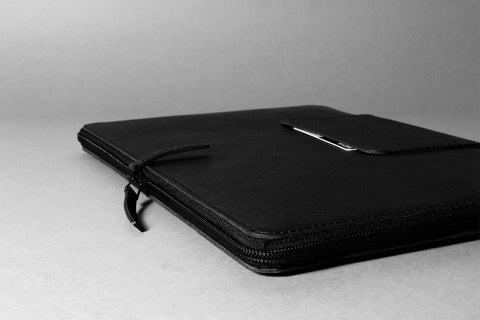 SOFT MACBOOK ZIP SLEEVE