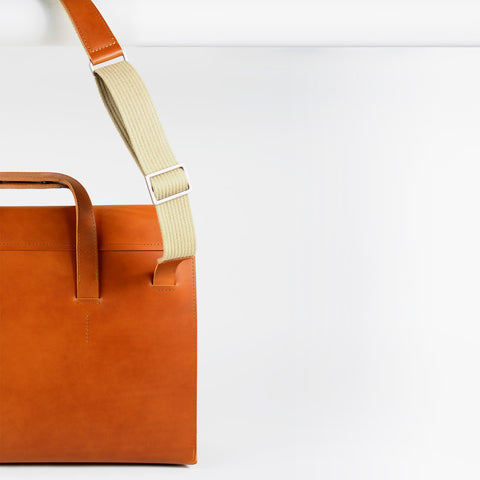 HERITAGE SATCHEL/ shoulder bag