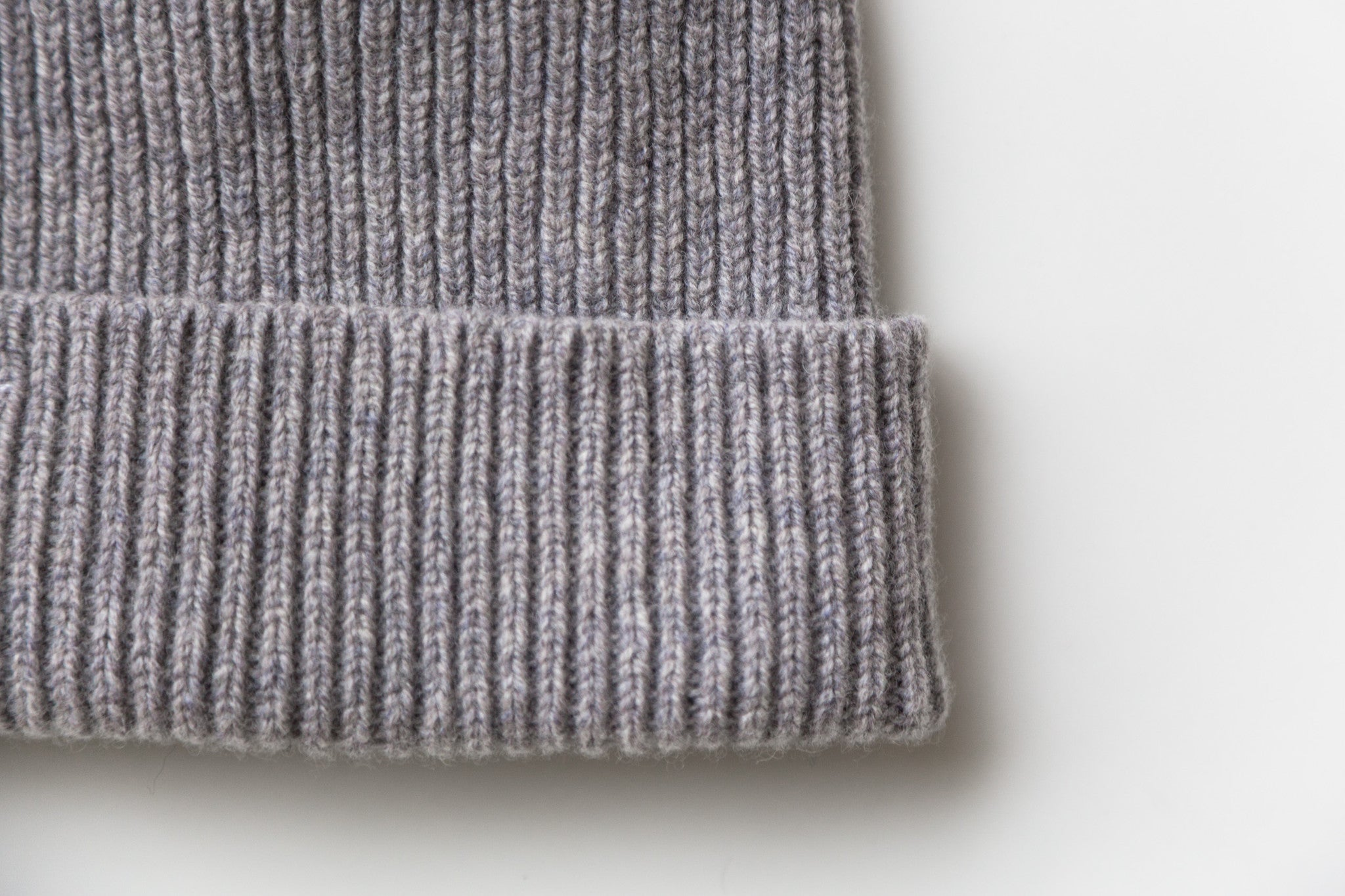 Hato Beanie (Light Grey)