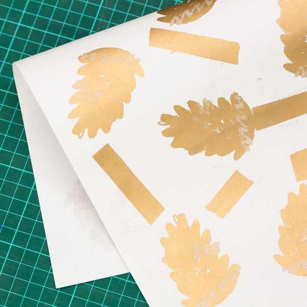 Christmas Wrapping Paper Workshop with Hato Press: Saturday 8th December 12.00 – 14.30