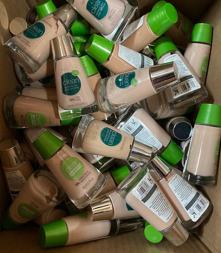 WHOLESALE COVERGIRL CLEAN SENSITIVE SKIN FOUNDATION ASSORTED SHADES - 50 PIECE LOT