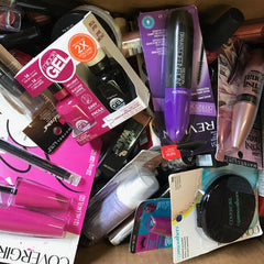 WHOLESALE ASSORTED BRAND NAME COSMETICS LOT - 100 PIECE LOT