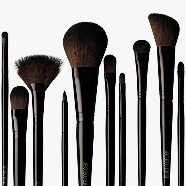 WHOLESALE LAURA MERCIER BRUSHES NEW AND SEALED - ASSORTED - 50 PIECE LOT