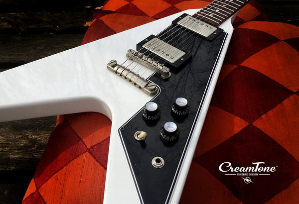 New Gibson Flying V 2017 T • Alpine White • CreamTone Vintage Design