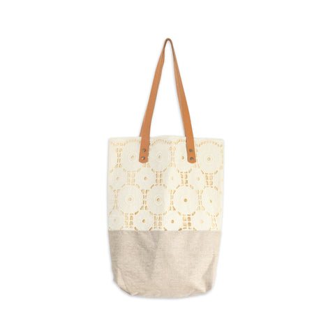 NEUTRAL LACE BAG