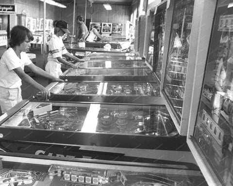 Kids Playing Pinball Machines In Arcade 1970s 8x10 Reprint Of Old Photo 1
