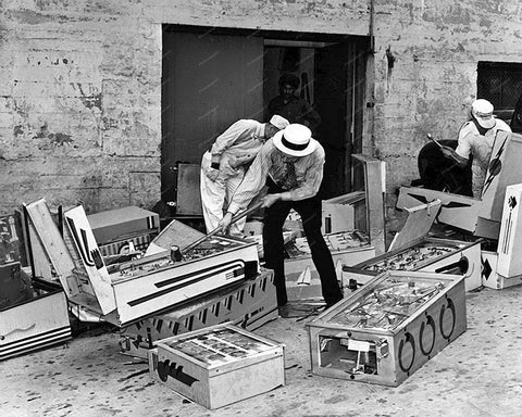 Police Destroy Pinball Machines 8x10 Reprint Of Old Photo