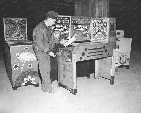 United Pinball Machine Singapore and Tropicana 1940s 8x10 Reprint Of Old Photo