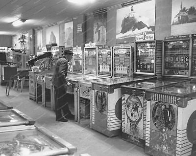 Arcade Woodrail Pinball Games 1950's Vintage 8x10 Reprint Of Old Photo