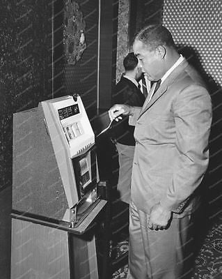 Lord Sega Slot Machine1965 Vintage 8x10 Reprint Of Old Photo