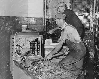 Men Smashing One Ball Pinball Machine Horse Race Game 8x10 Reprint Of Old Photo
