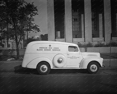 Red Cross Truck 1942 Vintage 8x10 Reprint Of Old Photo - Photoseeum