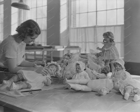 Toy Doll Factory Assembly 1936 8x10 Reprint Of Old Photo - Photoseeum