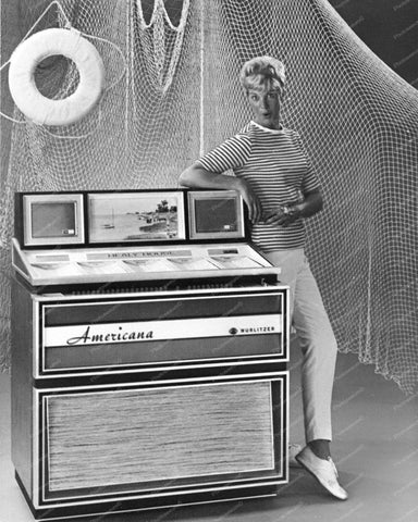 Wurlitzer Jukebox Model 3100 From 1968 Vintage 8x10 Reprint Of Old Photo - Photoseeum