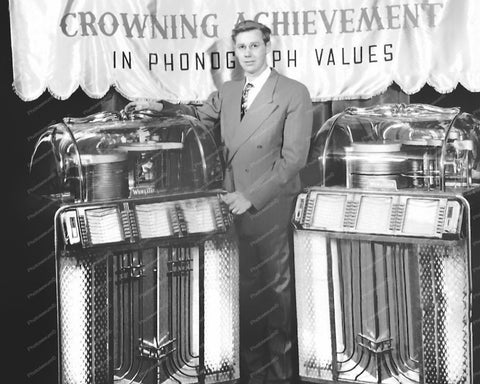 Wurlitzer Jukebox Model 1400 Show Display Vintage 8x10 Reprint Of Old Photo