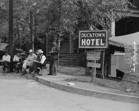 Ducktown Hotel Town folk 1940s Vintage 8x10 Reprint Of Old Photo 1