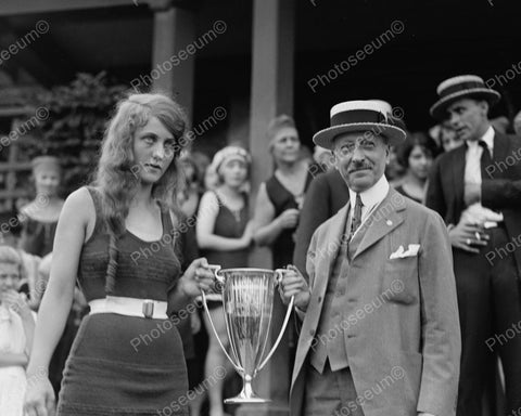 Beauty Contest Winner 1922 Vintage 8x10 Reprint Of Old Photo