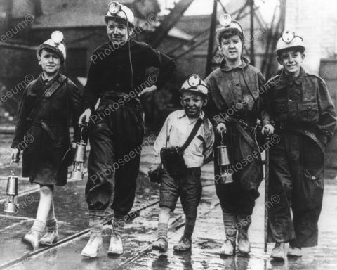Children Coal Mine Workers 8x10 Reprint Of Old Photo - Photoseeum