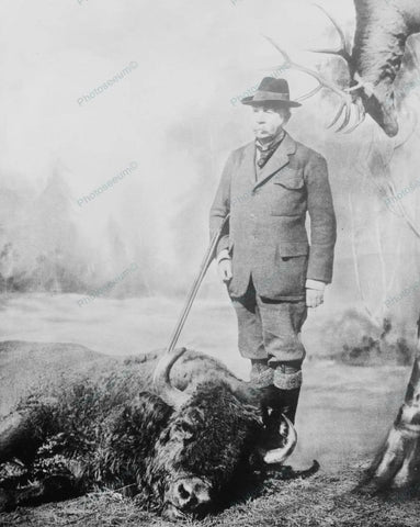 Buffalo Hunter Poses With Carcass 1910 Vintage 8x10 Reprint Of Old Photo