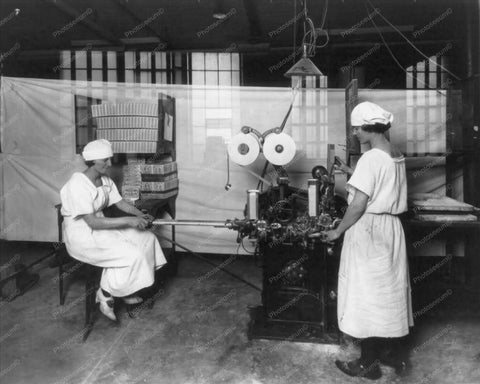 Women Workers Gum Wrapping Factory 8x10 Reprint Of Old Photo