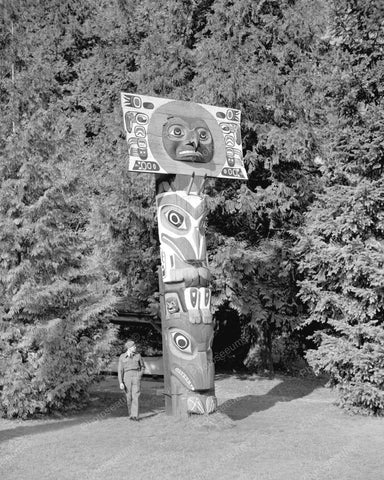 Totem Pole Vintage 8x10 Reprint Of Old Photo 3