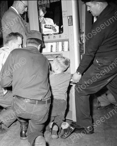 Canteen 10 Cent Candy Bar Machine Vendor 8x10 Reprint Of Old Photo