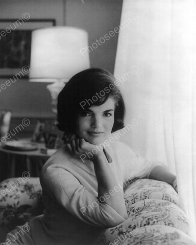 Jackie Kennedy In A Classic Portrait 8x10 Reprint Of Old Photo