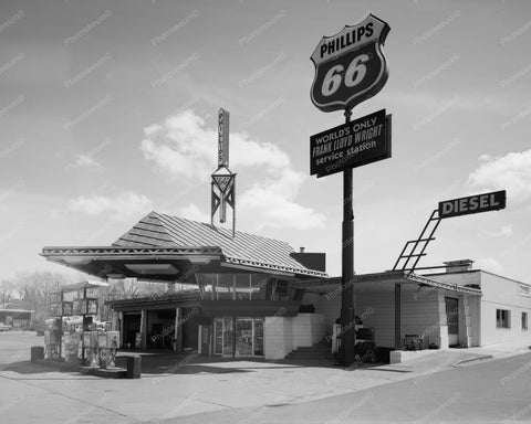 Worlds Only Frank L Wright Gas Station 8x10 Reprint Of Old Photo - Photoseeum