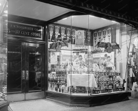 Whistle Soda Window Display Woolworth 8x10 Reprint Of Old Photo
