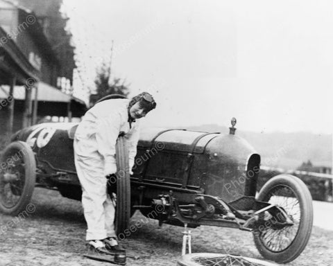 Woman Lifts Tire Of Stutz Weightman Auto 8x10 Reprint Of Old Photo