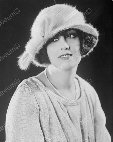 Classic Lady In Hat & Pearls 1930s 8x10 Reprint Of Old Photo
